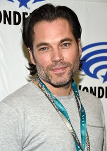 Tim Rozon-2521